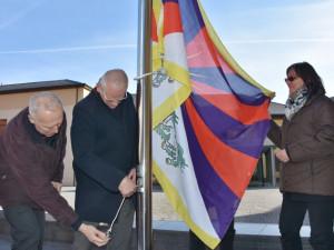 Vlajka Tibetu vlála u KÚ u loni