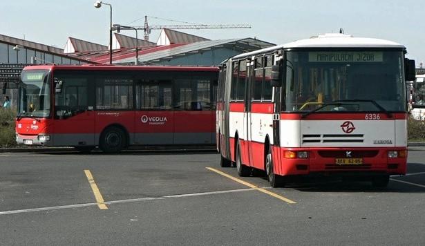 ÚOHS začal řešit tendr hradeckého kraje na autobusové dopravce