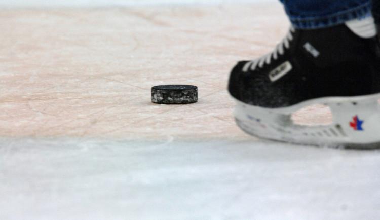 Hokejisté Hradce Mountfield Cup nevyhrají. Trofej získal Spartak Moskva