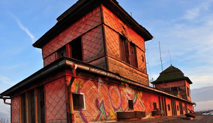 V Hradecké sýpce by mohlo vzniknout multifunkční kulturní centrum