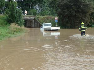 Déšť způsobil komplikace i řidičům