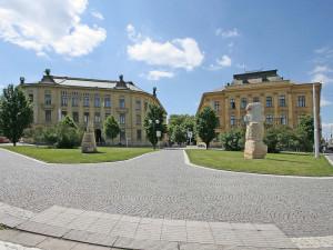 Budovy Univerzity UHK