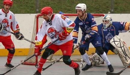 Hokejbalisté Hradce úspěšně v domácím prostředí vstoupili do nové sezony