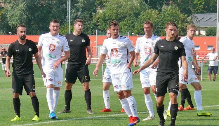 Třetiligové fotbalové derby ovládl domácí B tým Hradce Králové