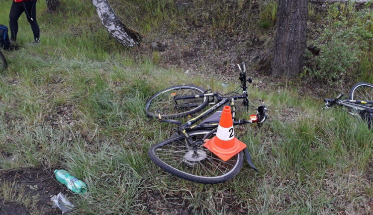 Cyklista který  v Jaroměři spadl do Labe, zemřel