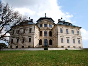 Zámek Karlova Koruna je krásnou stavbou
