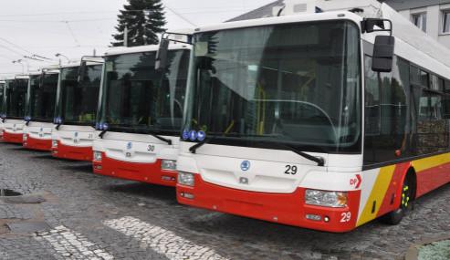 Tendr na autobusovou dopravu byl zrušen. Jeden z účastníků podal námitku