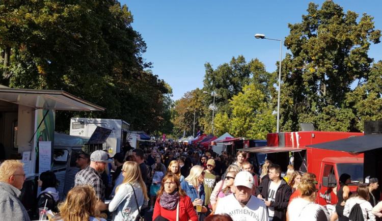Gurmanský festival na nábřeží přilákal tisíce lidí