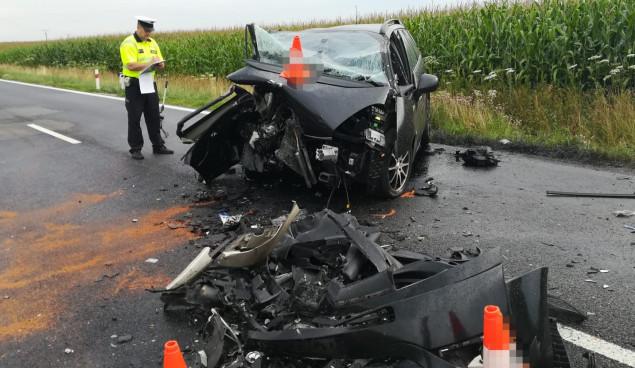 Při srážce dvou aut u Špindlerova Mlýna zemřel jeden z řidičů