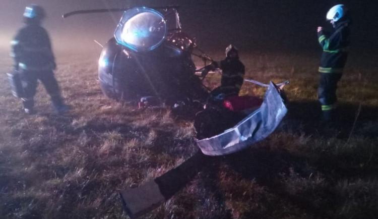 Na letišti v Hradci havaroval vrtulník