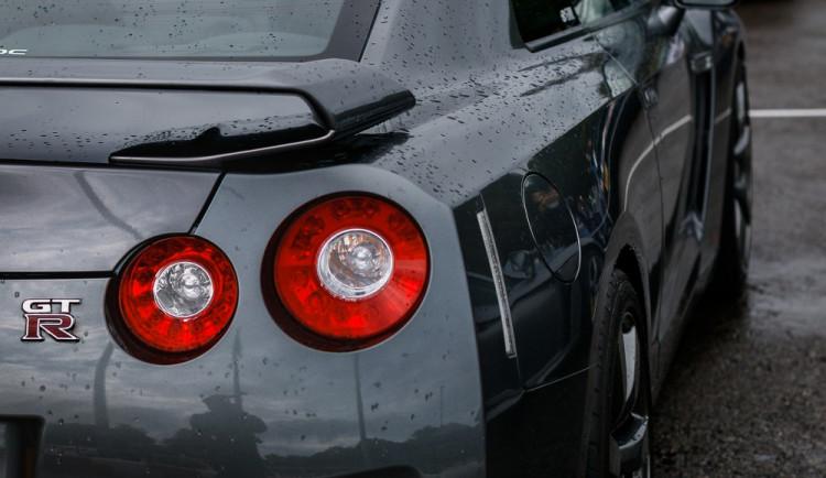 Celníci na Trutnovsku zadrželi luxusní auto ukradené v Německu